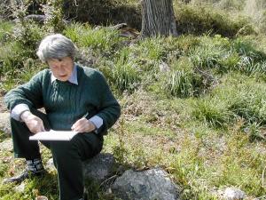 Didier Bouillon travaillant sur les compositions botaniques des parcelles de la commune en avril 2003. Photo de Vincent Battesti