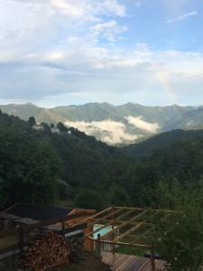 Arc-en-ciel sur la vallée