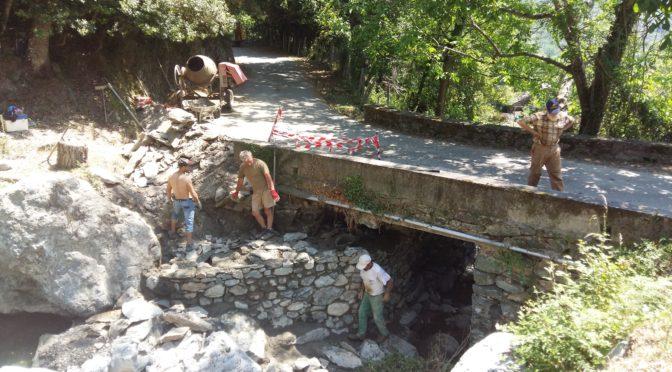 Travaux aux ponts en haut du village